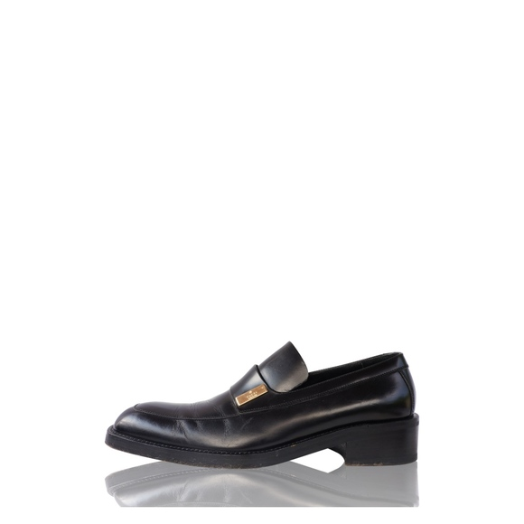 Gucci Other - GUCCI BLACK LEATHER SLIP ON LOAFER